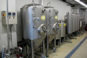 LIBR has different brewing lines, including a 5 hl state of the art automated brewery and pilot fermenters